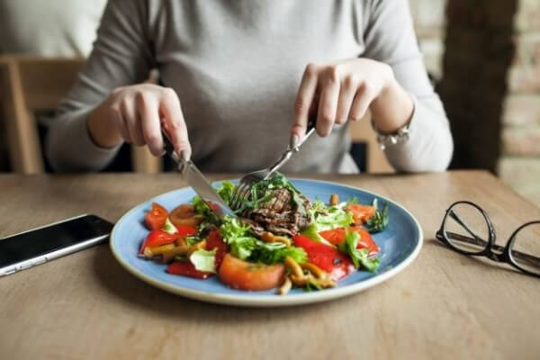 Healthy eating to slow down aging
